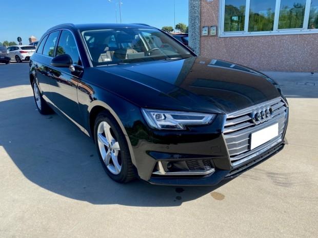 Audi A 4 (5)