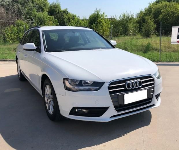 Audi A 4 Avant (1)