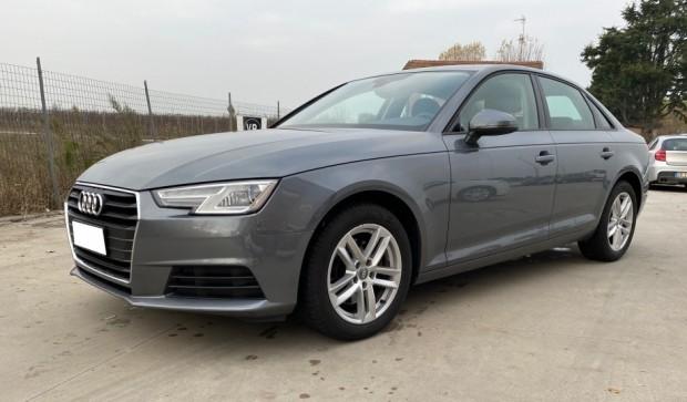 Audi A4 Berlina (19)