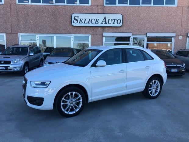 Audi Q 3 (2)
