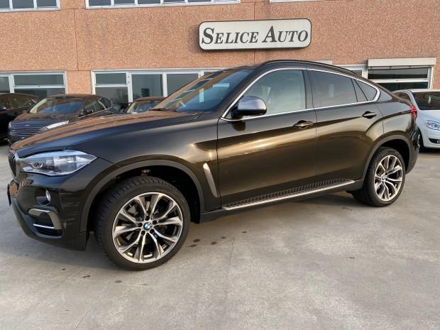BMW X6 (12)