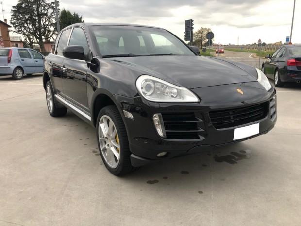 Porsche Cayenne (10)